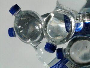 シリカ水ペットボトル