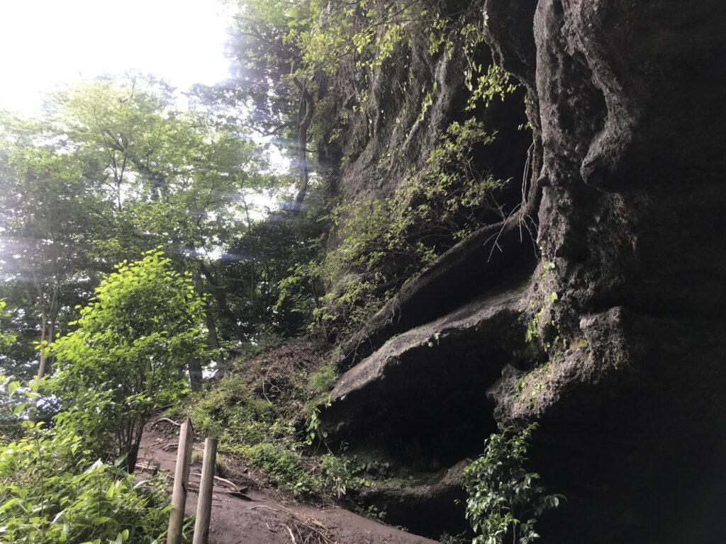 上色見熊野座神社穿戸岩(うげといわ)